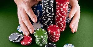 Trik Menggunakan Teknik Bluff Poker Online